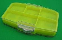 Коробка для мормышек и крючков №4 (8 ячеек с магнитом + 5=13 отд) (110х70х18 мм)